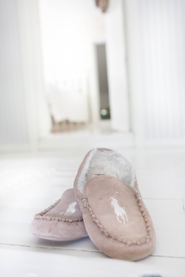slippers (1 of 1)