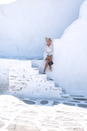 mykonos-white-walls-1-of-1
