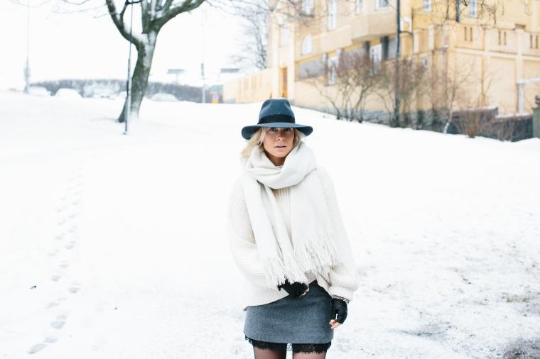 snow-overtheknee-boots4-1-of-1